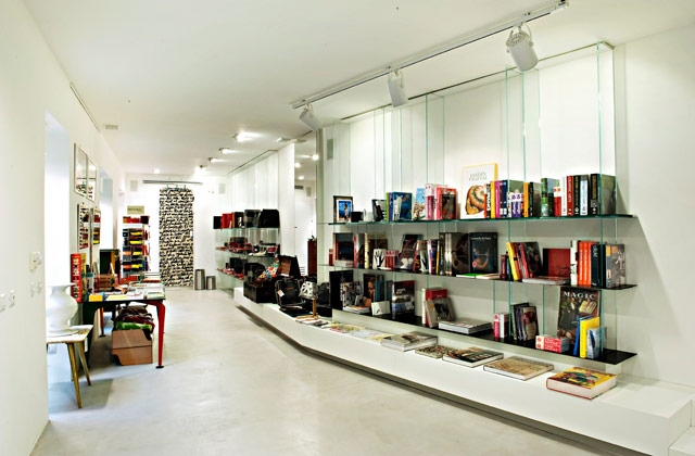 Blendage Gallery Store