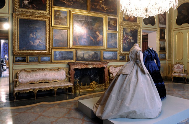 New exhibits at the Museum of Dress, Fashion and Image