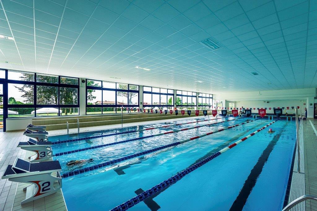 Piscine castiglione myrtha pools for the swim center of - Piscina calusco d adda ...