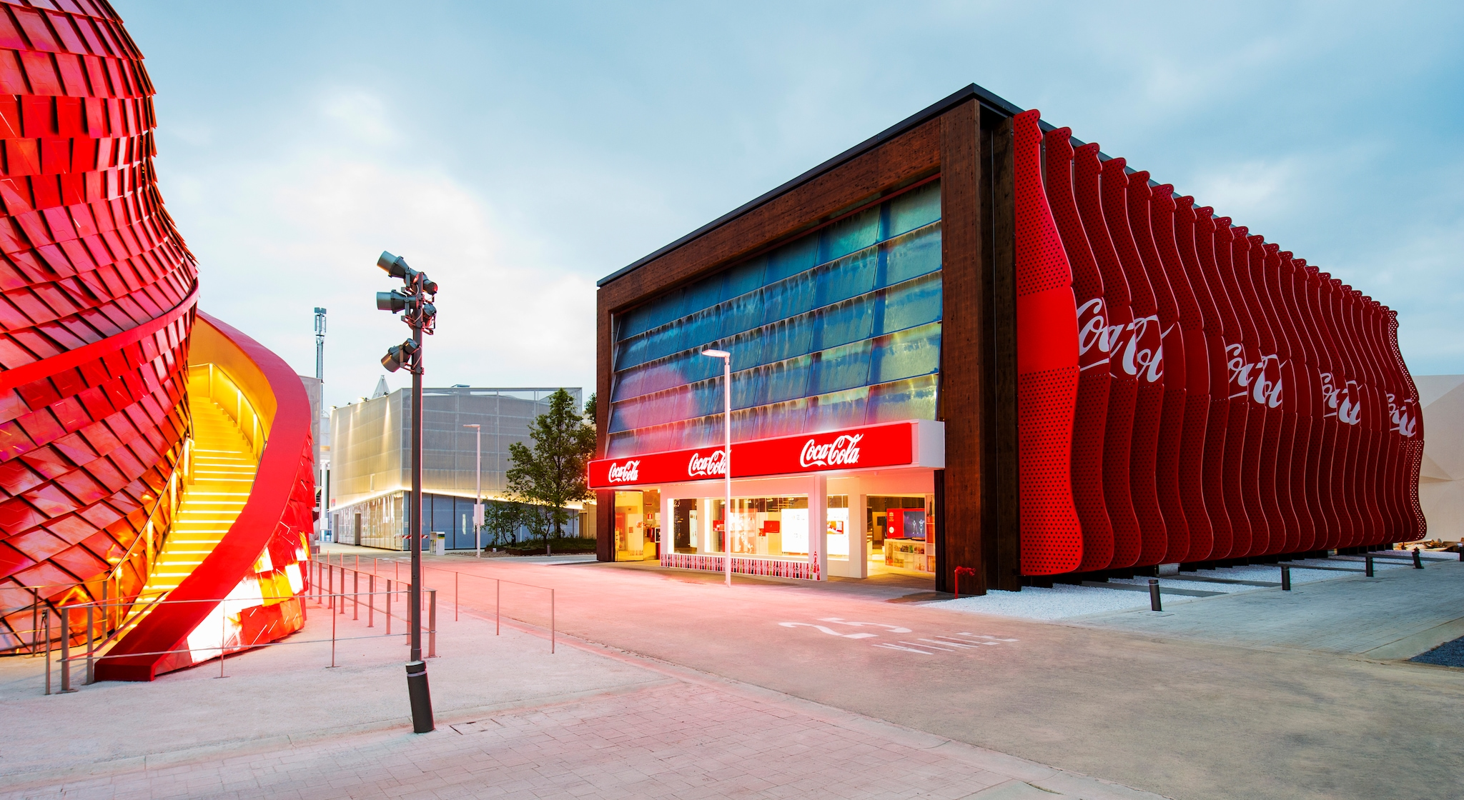 Coca-Cola, a recyclable, renewable pavilion, with an eye on after-Expo