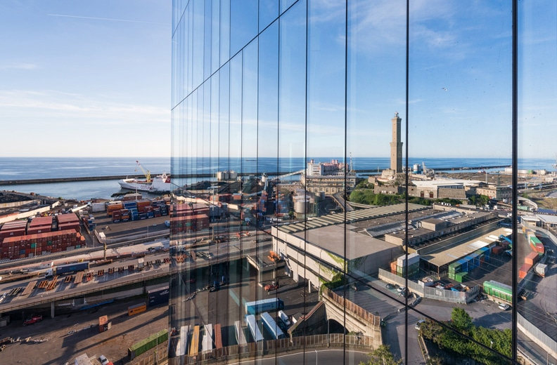 AGC technology for the facades of the three San Benigno towers in Genoa