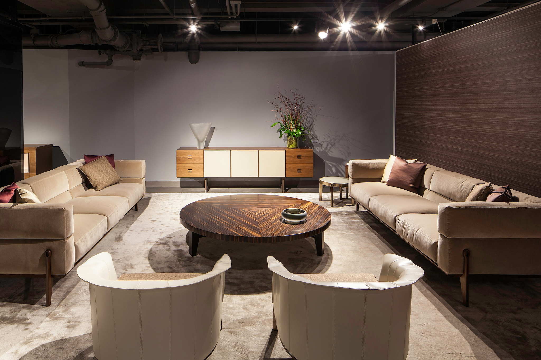 Giorgetti lands in New York