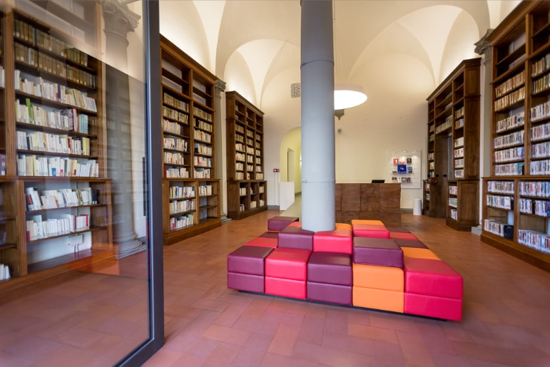 A new library/mediatheque at the Institut Français in Florence, by BG Architetti