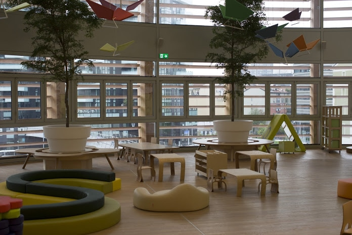 The Mini Tree grows in the UniCredit Pavilion