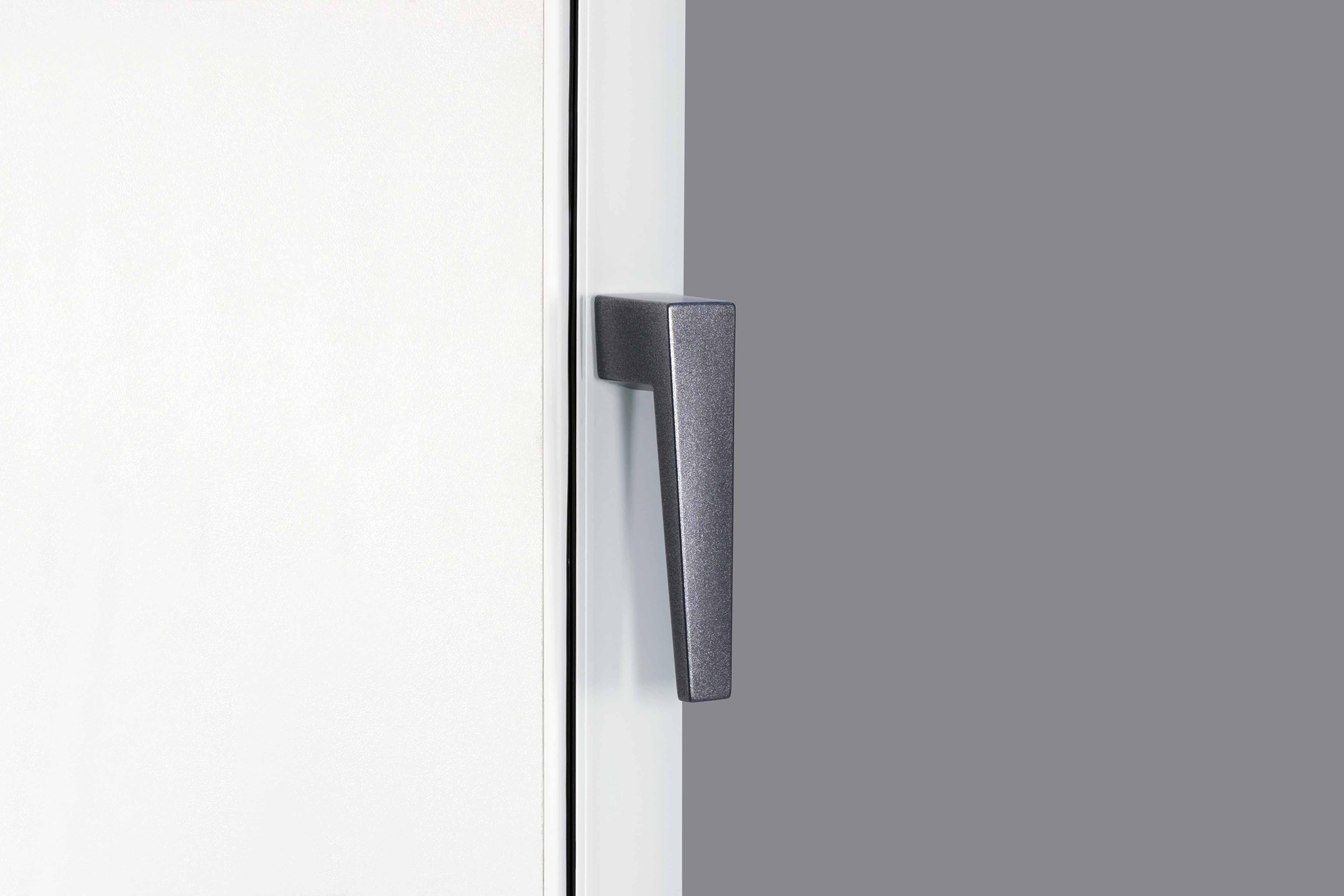 Essenza presents Zero Frame technology