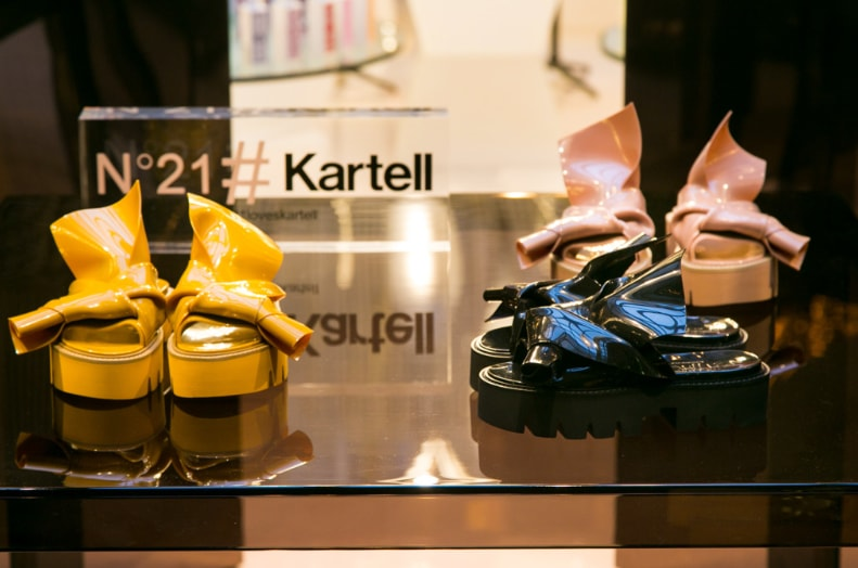 Knot, the design sandal based on collaboration between Kartell and N°21