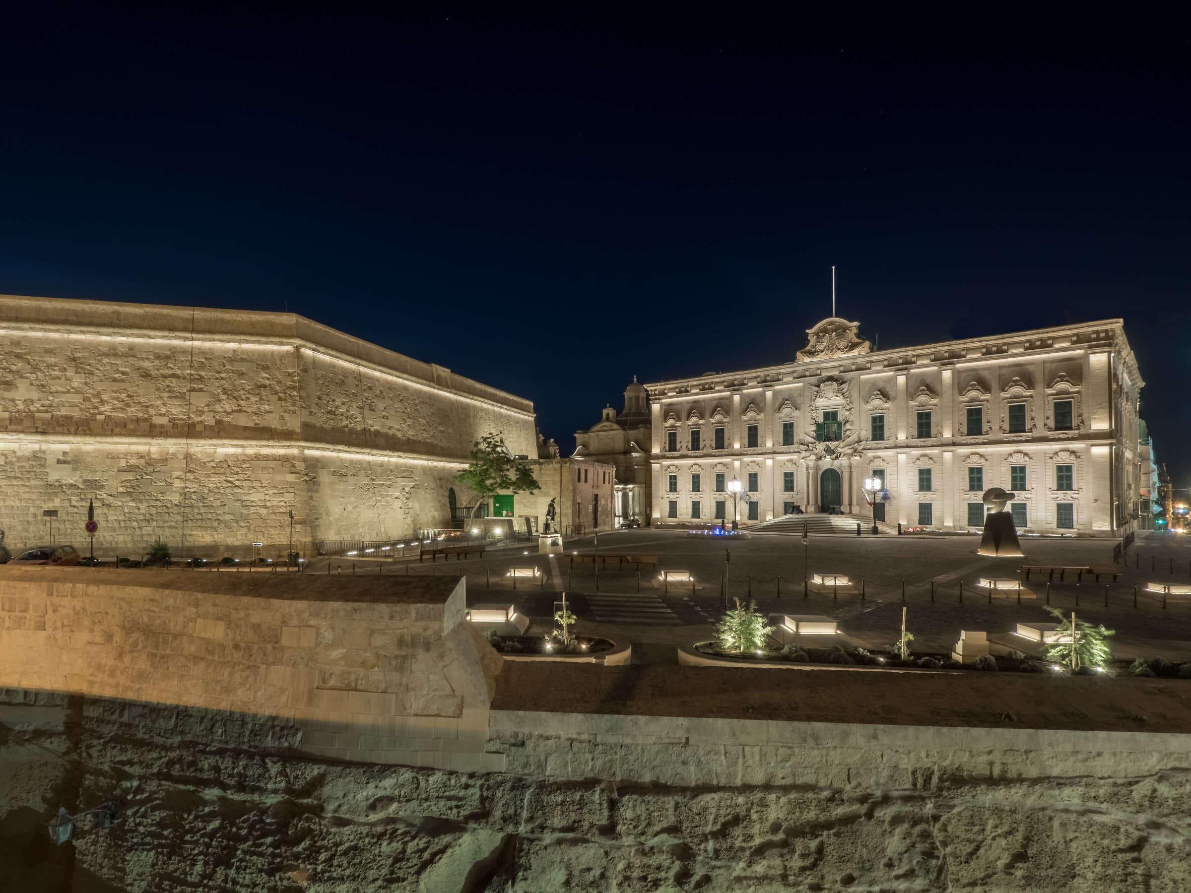 B Light for Castille Square at La Valletta