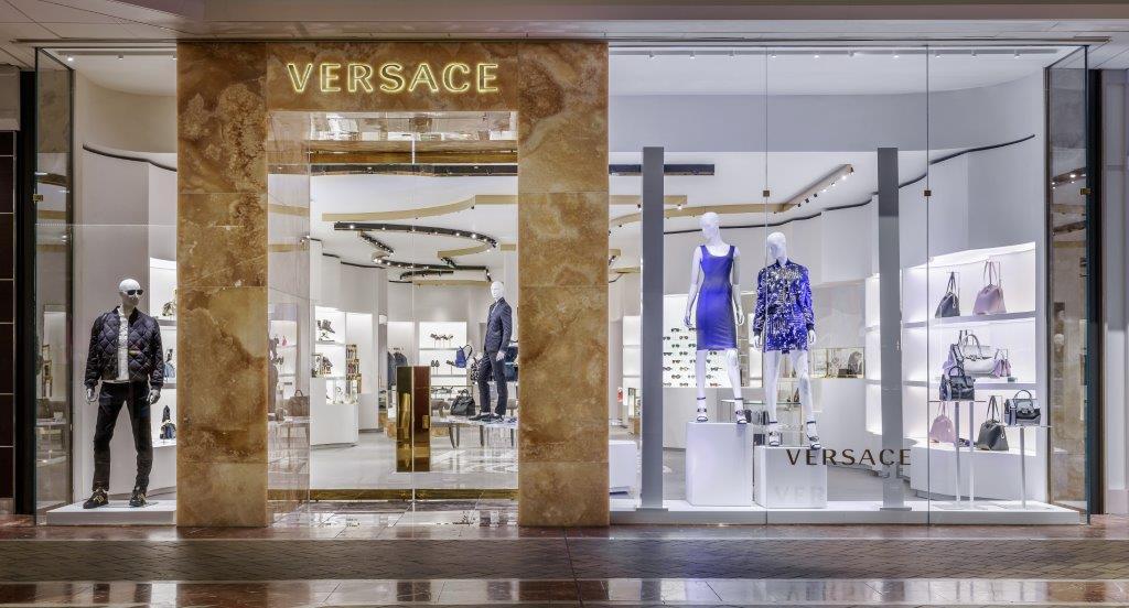 Versace opens in Boston