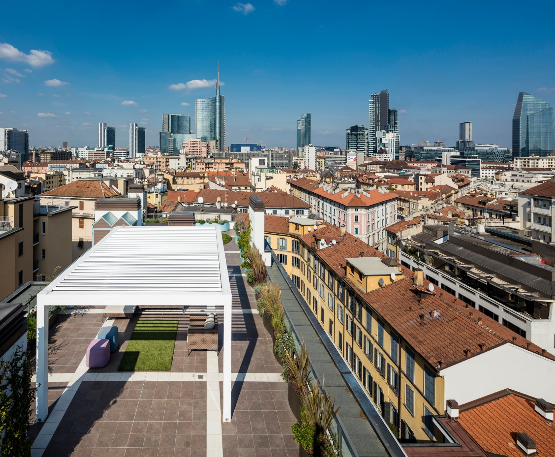 A room on the rooftops of Milan