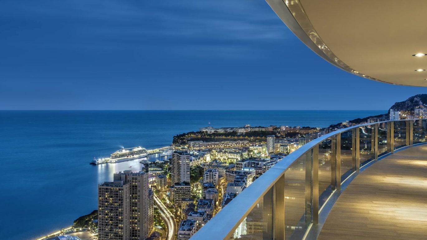 Tour Odeon: Dierre high above Monaco