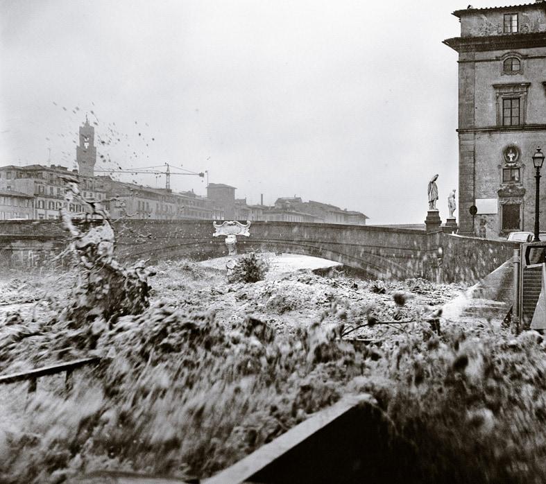 Balthazar Korab. The days of the flood