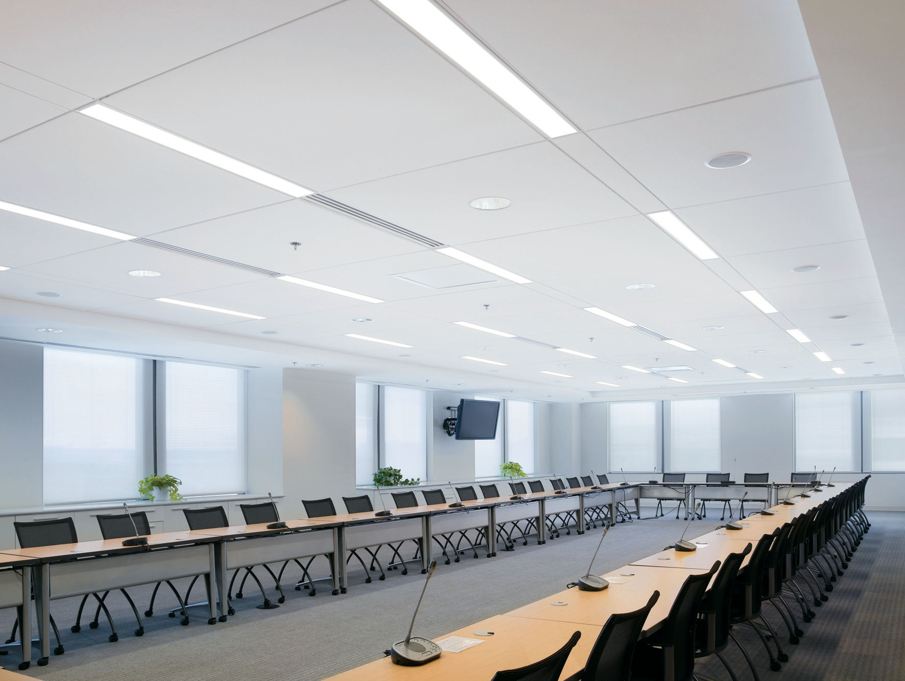 Integrated technical ceiling