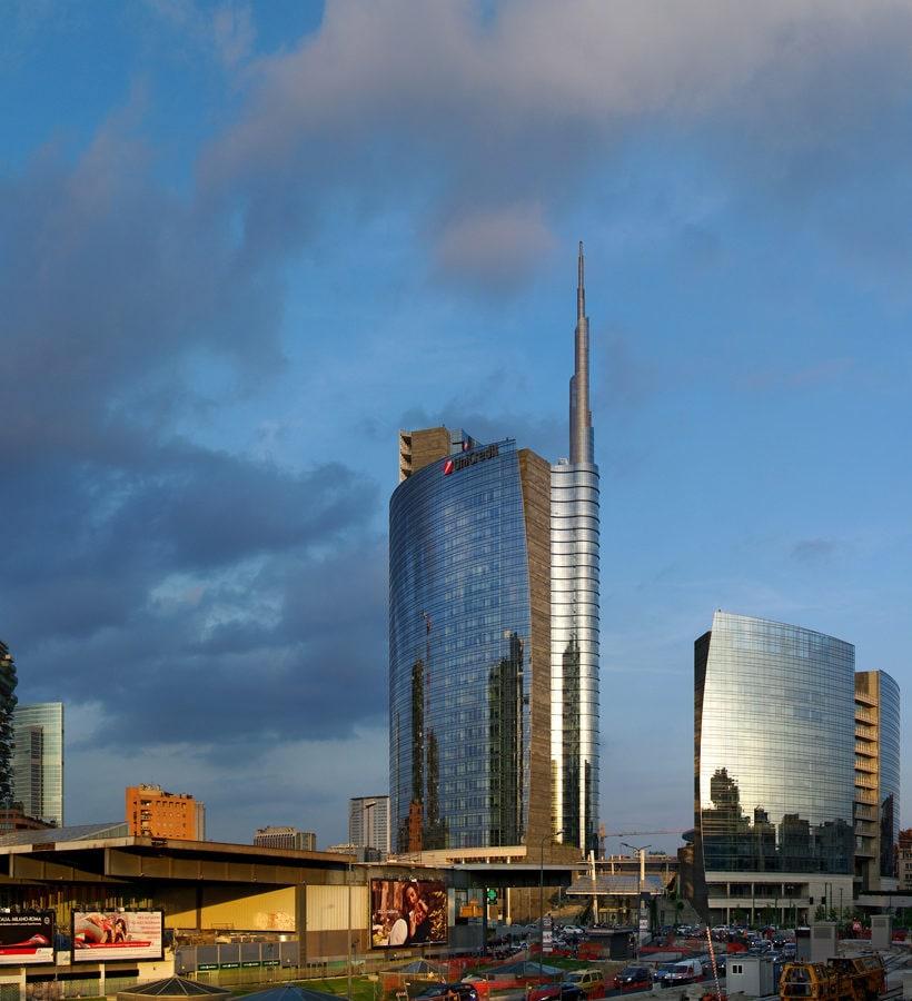 Milan. The Rising City