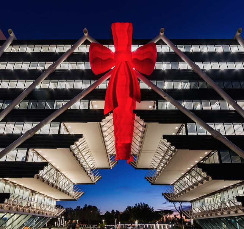 Giftwrapped architecture