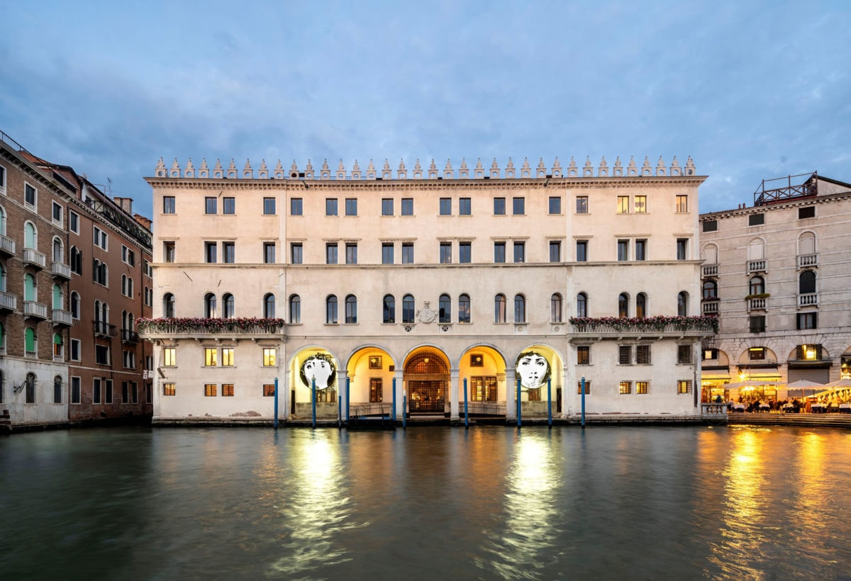 Fondaco Tedeschi_ Fornasetti_Riva d'acqua_ Credits Matteo De Fina