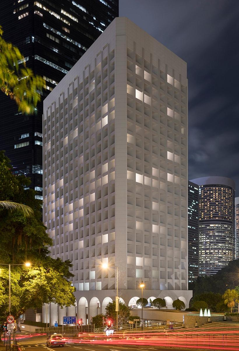 Foster + Partners: Rehabiting a Landmark