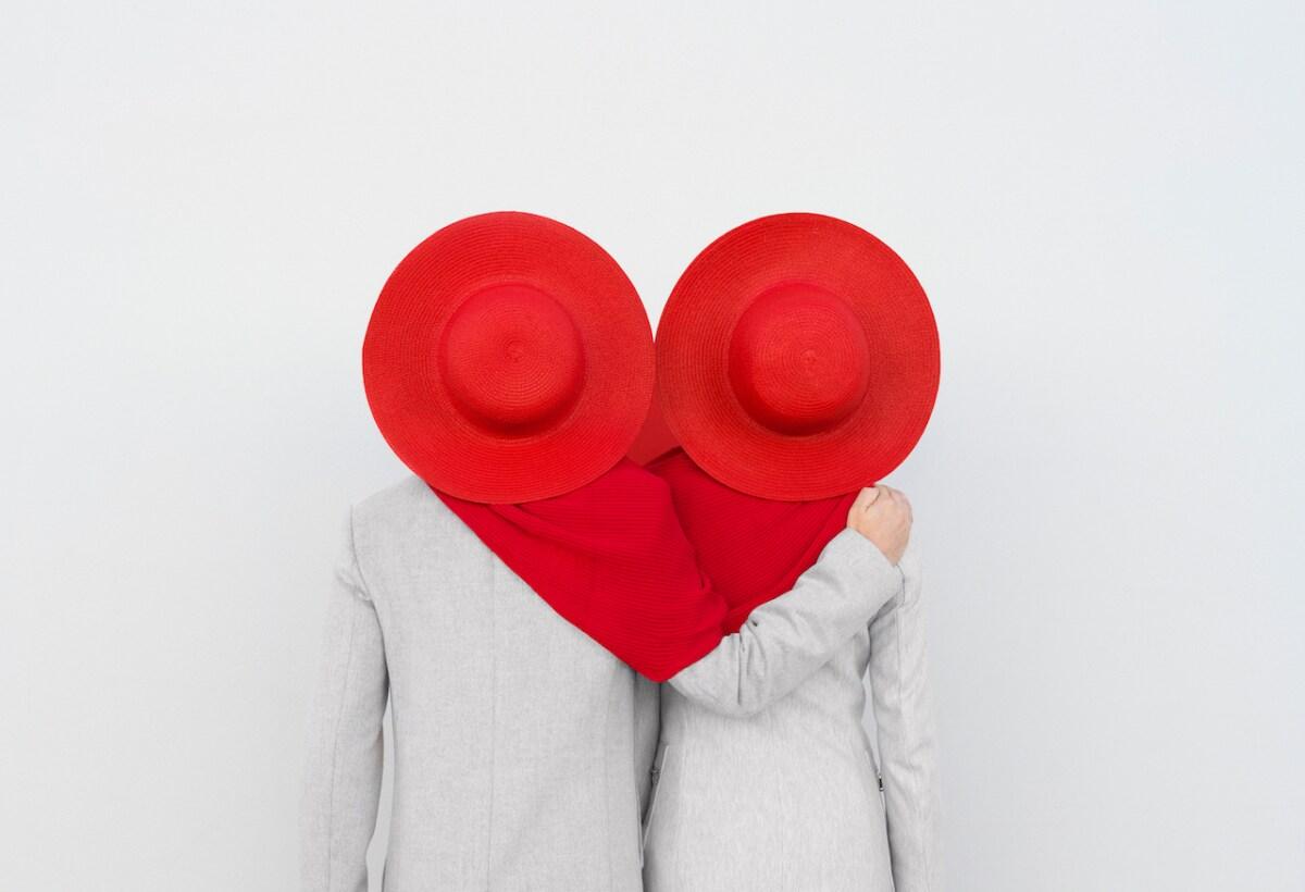 Annandaniel_Anniset_DrCuerda_Anna-Devís_Daniel-Rueda_What-the-Hat_In-a-Heartbeat