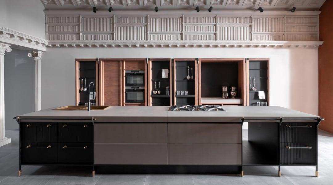 2---modello-CANOSSA---Kitchen-front-view-_-Designed-by-Ser-John&Co_rid