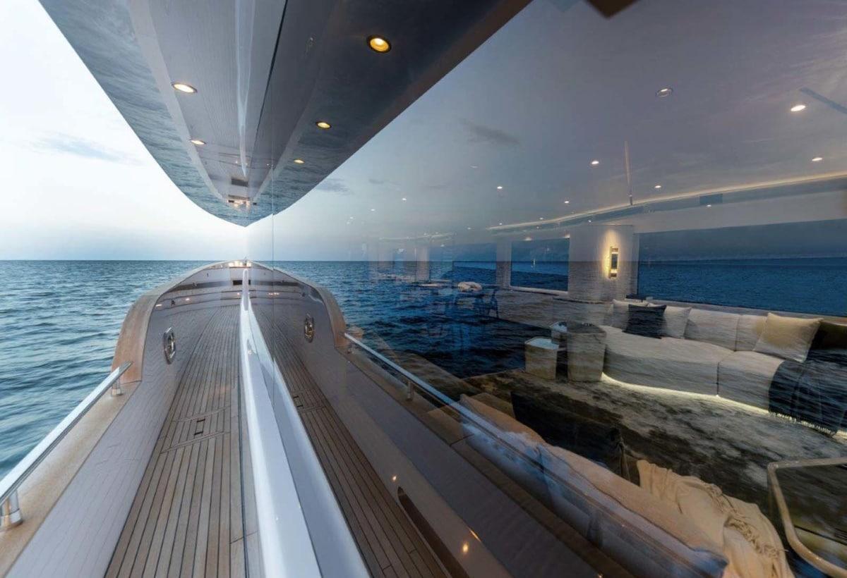 6 Magellano 25 Metri interior design project by Vincenzo De Cotiis (14)