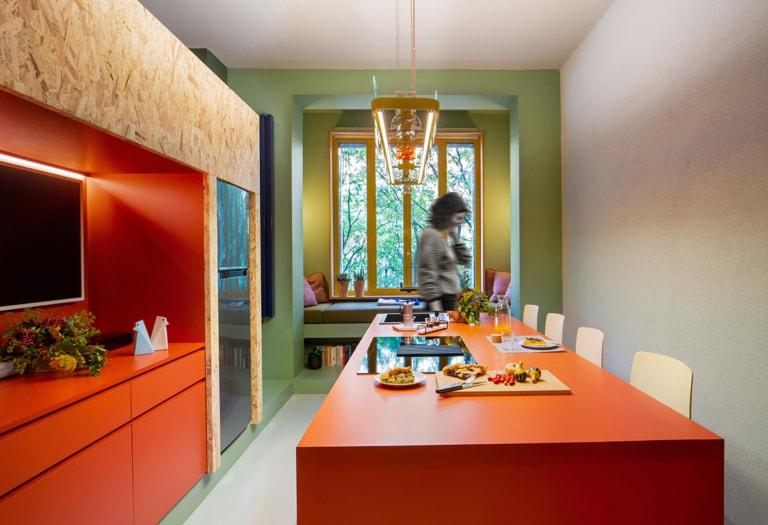 POSThome_kitchen1_person__credit Chiara Cadeddu orizz