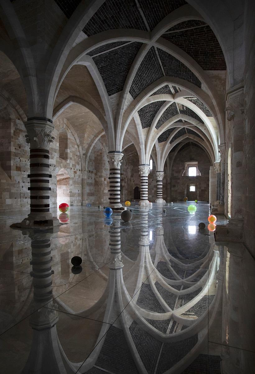 Disruptive reflections