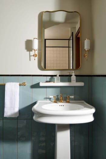 22_bathroom ©The Hoxton