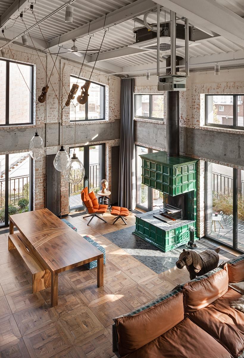Industrial-pop loft in Kiev