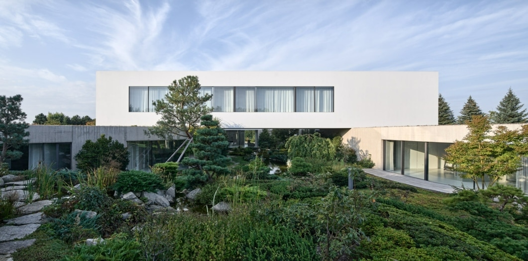 2021_04_From-the-garden-house_polonia_MT_11-min