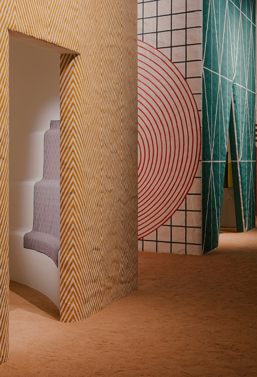 Hermès at the Pelota: from the immaterial to the physical